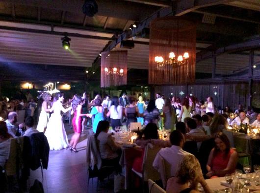 Γαμήλιο γλέντι με χορό