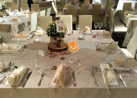 Στολισμένο τραπέζι σε δεξίωση στο Anais club