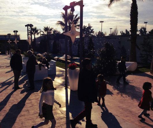 Γέμισε το Anais με bubbles στη χριστουγεννιάτικη βάπτιση